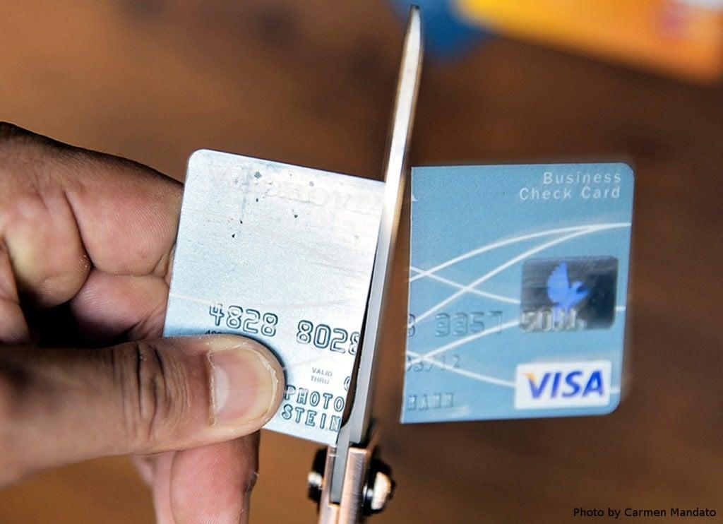 США відключили російський банк від Visa і Mastercard