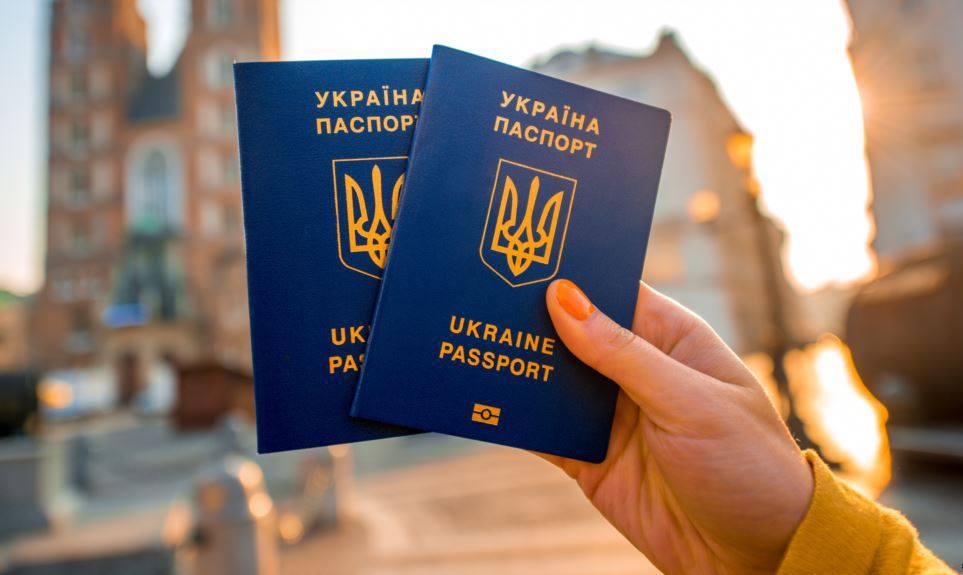 Претенденти на громадянство України почали складати іспит з української мови 1