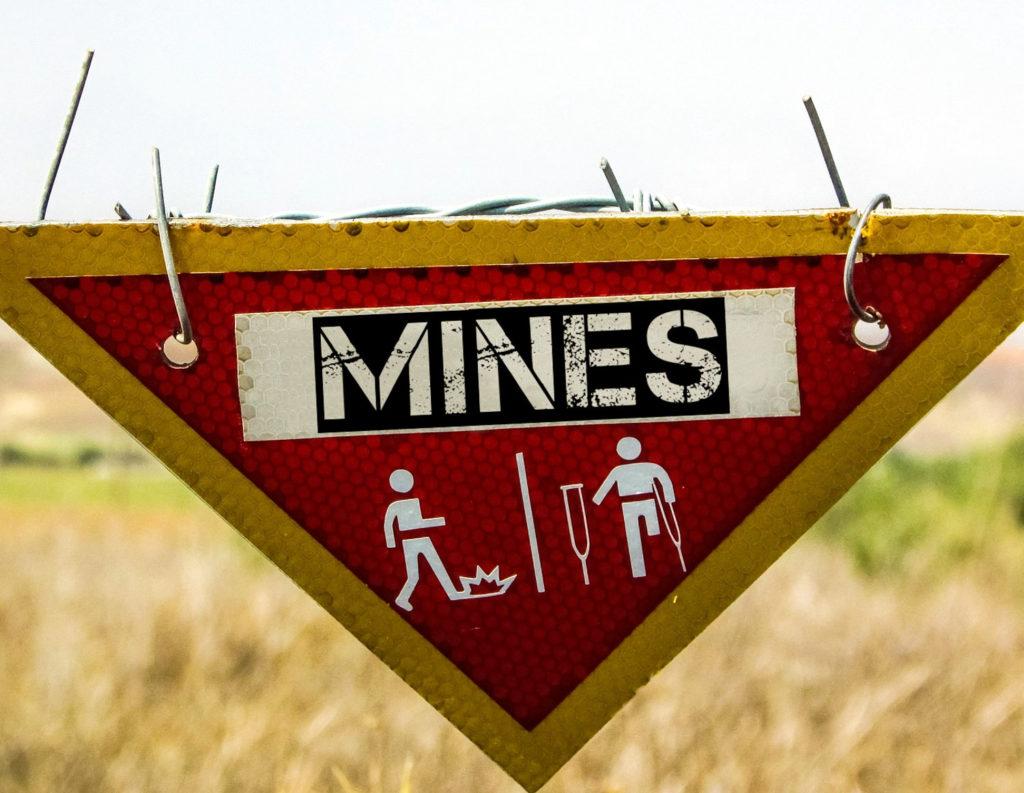 Братушкі. На Луганщині виявили протипіхотну міну, заборонену міжнародними договорами 16