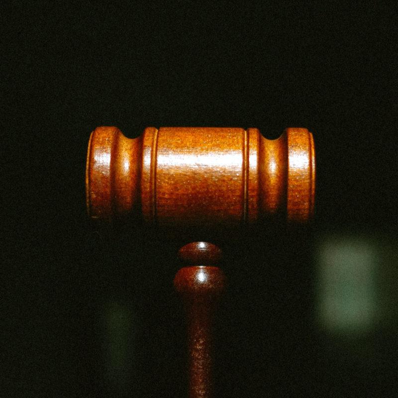 Повернення авторитарного правосуддя. У Раді адвокатів звернули увагу на  висловлювання представника президента в КСУ